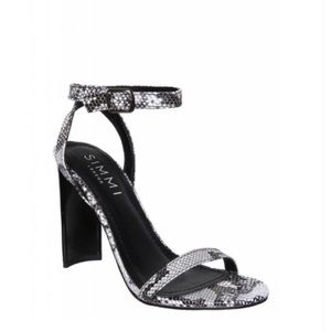 Simmi Shoes - Faux snakeskin black and white Simmi heels!!